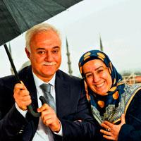 Nihat Hatipoğlu ve Eşi