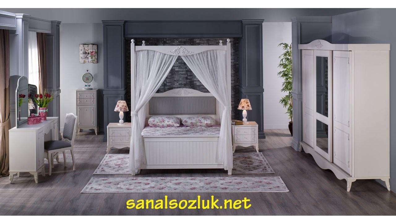 Romance Yatak Odası
